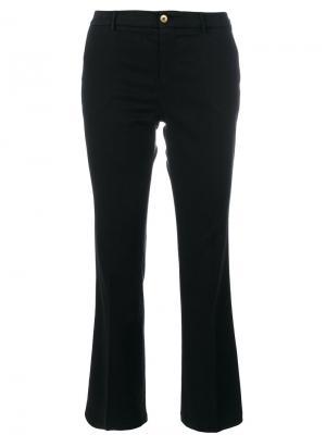 Слегка расклешенные брюки Pt01. Цвет: чёрный