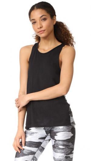 Майка без рукавов с принтом на спине Terez. Цвет: серый камуфляжный меланж