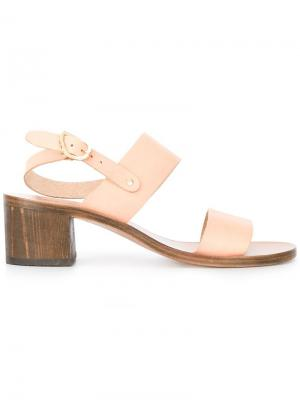 Босоножки на каблуках-столбиках Ancient Greek Sandals. Цвет: телесный