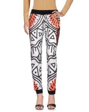 Повседневные брюки TEE-TREND. Цвет: белый