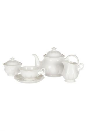 Сервиз чайный 17 предметов Royal Bone China. Цвет: белый