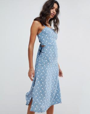 Faithful the Brand Платье миди с цветочным принтом Faithfull. Цвет: синий