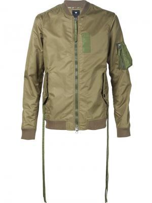 Куртка-бомбер с карманом на рукаве Maharishi. Цвет: зелёный