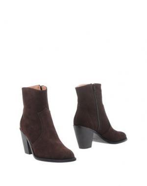 Полусапоги и высокие ботинки FIORANGELO. Цвет: темно-коричневый