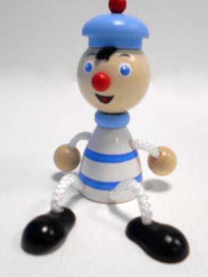 Игрушка подвеска на пружине - Моряк Taowa. Цвет: голубой, белый