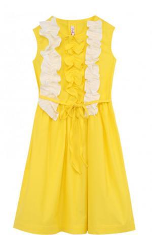 Хлопковое платье с рюшами и поясом Il Gufo. Цвет: желтый