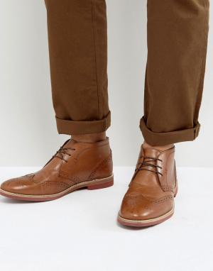ASOS Кожаные ботинки чукка светло-коричневого цвета. Цвет: рыжий