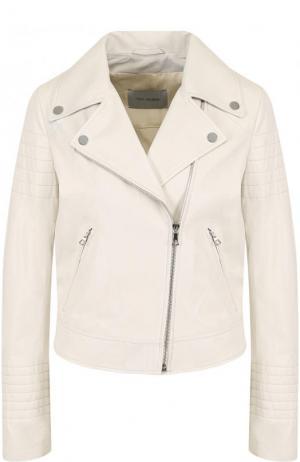 Приталенная кожаная куртка с косой молнией Yves Salomon. Цвет: белый