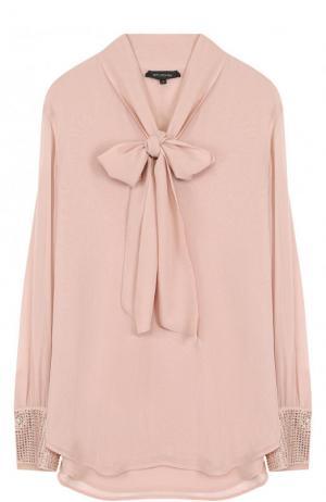 Шелковая блуза свободного кроя с воротником аскот St. John. Цвет: розовый