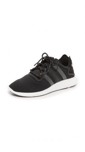 Беговые кроссовки  Yohji Y-3. Цвет: черный/отражающий/белый