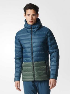 Пуховик Lt Dwn Cb  Utigrn/Utiivy Adidas. Цвет: синий, темно-зеленый
