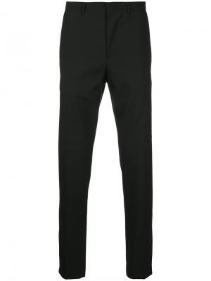 Классические брюки кроя слим Consistence. Цвет: чёрный