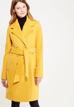 Пальто oodji. Цвет: желтый