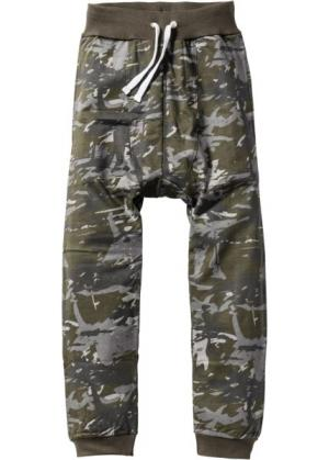 Трикотажные брюки Loose Fit (черный/темно-оливковый/дымчато-серый с узором) bonprix. Цвет: черный/темно-оливковый/дымчато-серый с узором