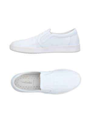 Низкие кеды и кроссовки NERO GIARDINI. Цвет: белый