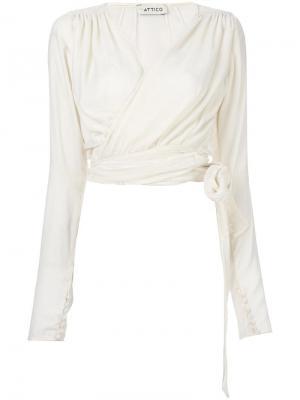 Блузка с запахом Attico. Цвет: белый