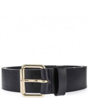 Кожаный ремень с золотистой пряжкой Wrangler. Цвет: черный