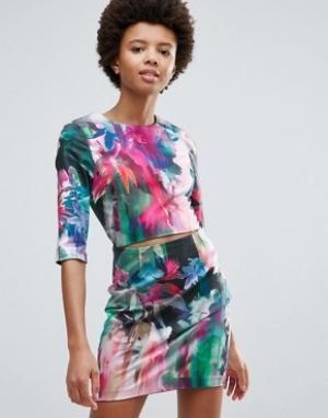 Talulah Облегающее платье с принтом New Beauty. Цвет: мульти
