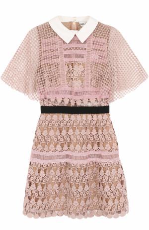 Приталенное мини-платье с кружевной отделкой self-portrait. Цвет: розовый