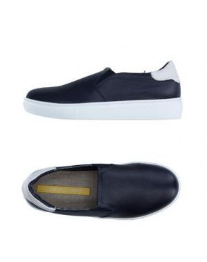 Низкие кеды и кроссовки GIANMARCO LORENZI. Цвет: темно-синий