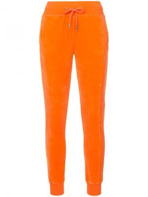 Велюровые спортивные брюки Fenty X Puma. Цвет: жёлтый и оранжевый