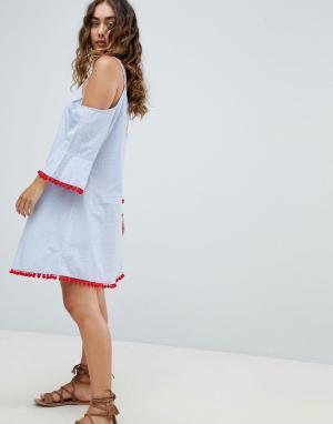 America & Beyond Пляжное платье из шамбре с открытыми плечами и расклешенными рукавами. Цвет: синий