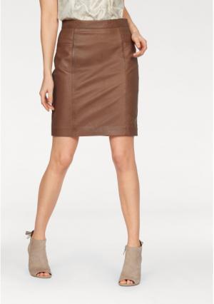 Кожаная юбка tamaris. Цвет: коньячный