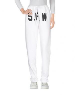 Повседневные брюки 5PREVIEW. Цвет: белый