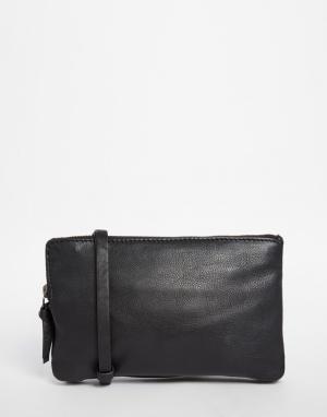 Becksondergaard Кожаный клатч. Цвет: черный