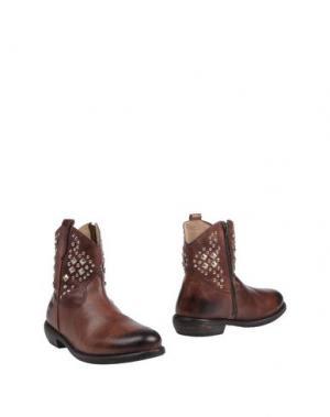 Полусапоги и высокие ботинки MR. WOLF. Цвет: коричневый
