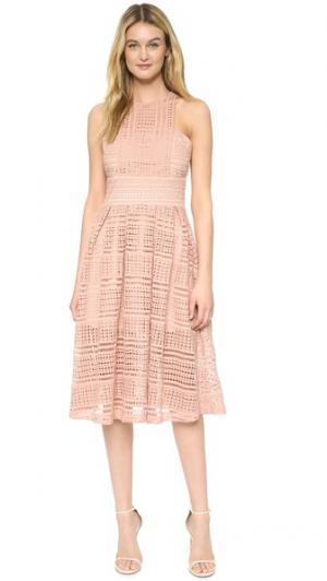 Платье Allure Floaty Ministry of Style. Цвет: розовый
