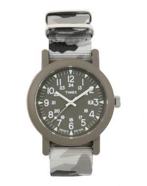 Наручные часы TIMEX. Цвет: хаки