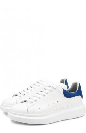 Кожаные кеды на шнуровке толстой подошве Alexander McQueen. Цвет: белый