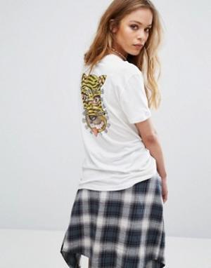 RVCA Oversize-футболка бойфренда с тигром на спине. Цвет: белый