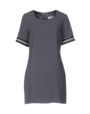 Короткое платье ELLA LUNA. Цвет: серый