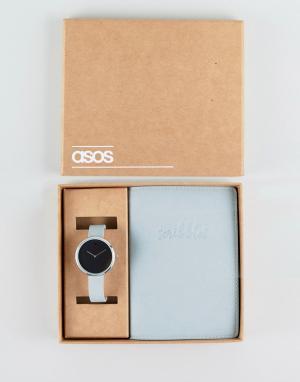 ASOS Подарочный набор с часами и блокнотом. Цвет: серебряный