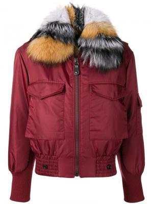 Куртка-бомбер с воротником из меха Yves Salomon Army. Цвет: красный