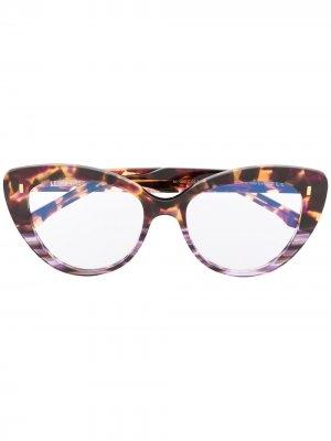 Очки в оправе кошачий глаз черепаховой расцветки Cutler & Gross. Цвет: черный