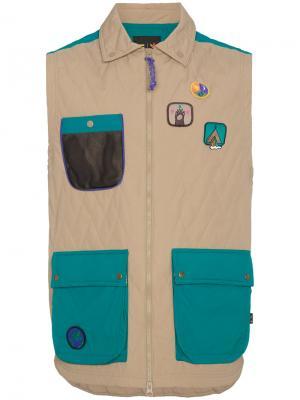 Жилет с накладными карманами x Pharrell Williams Adidas. Цвет: телесный