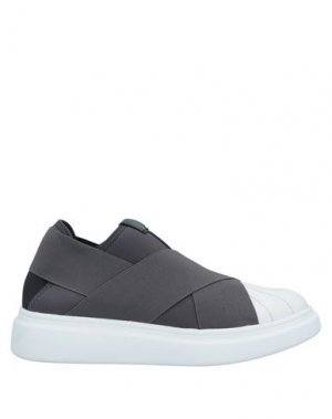 Низкие кеды и кроссовки FESSURA. Цвет: серый