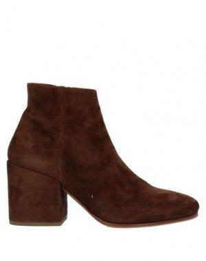 Полусапоги и высокие ботинки LORENZO MASIERO. Цвет: коричневый