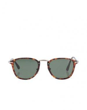 Солнечные очки PERSOL. Цвет: темно-коричневый