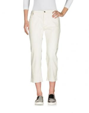 Джинсовые брюки-капри NILI LOTAN. Цвет: белый