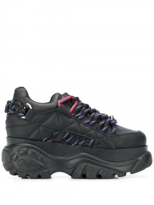 Кроссовки на платформе Buffalo. Цвет: черный