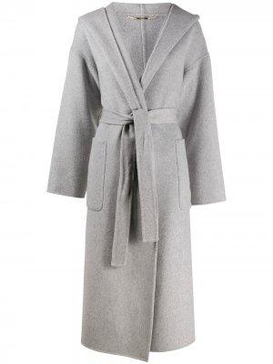Пальто с капюшоном Seventy. Цвет: серый