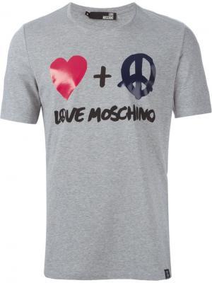 Футболки и жилеты Love Moschino. Цвет: серый