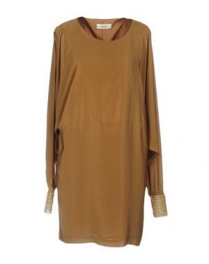 Короткое платье ELLA LUNA. Цвет: верблюжий