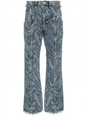 Расклешенные джинсы с зебровым принтом Iroquois. Цвет: синий
