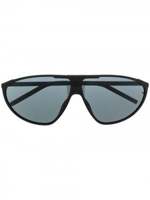Солнцезащитные очки в массивной оправе Tommy Jeans. Цвет: черный