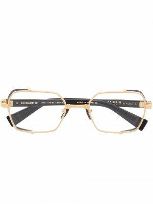 Очки в геометричной оправе Balmain Eyewear. Цвет: золотистый